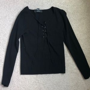 lace-up long sleeve